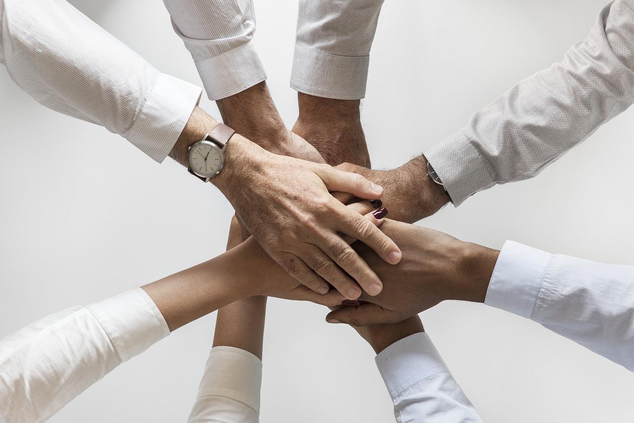 améliorer le suivi commercial par l'alignement des équipes commerciales marketing