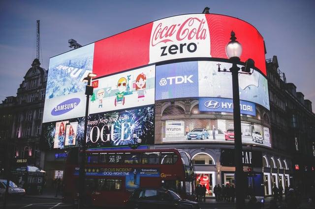 publicite traditionnelle plan communication.jpg
